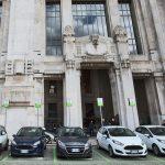 Acquistare un'auto non è più di moda: alla scoperta del noleggio a lungo termine