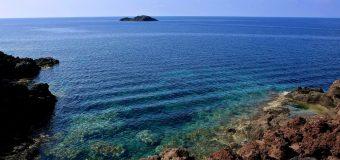 Il mare di cristallo di Ustica