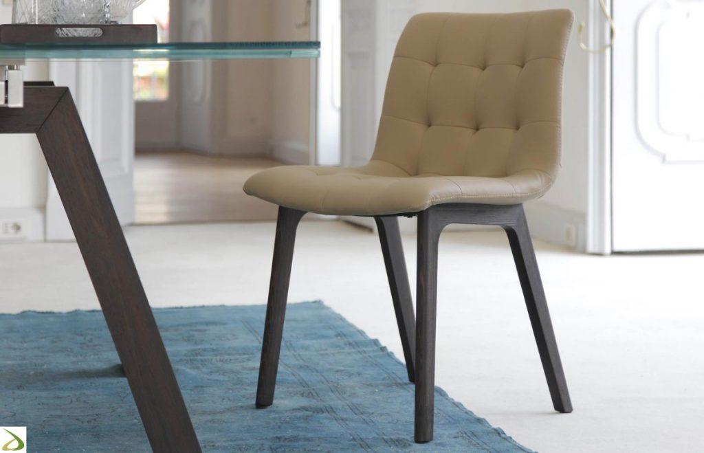 Guida alla manutenzione delle sedie in pelle