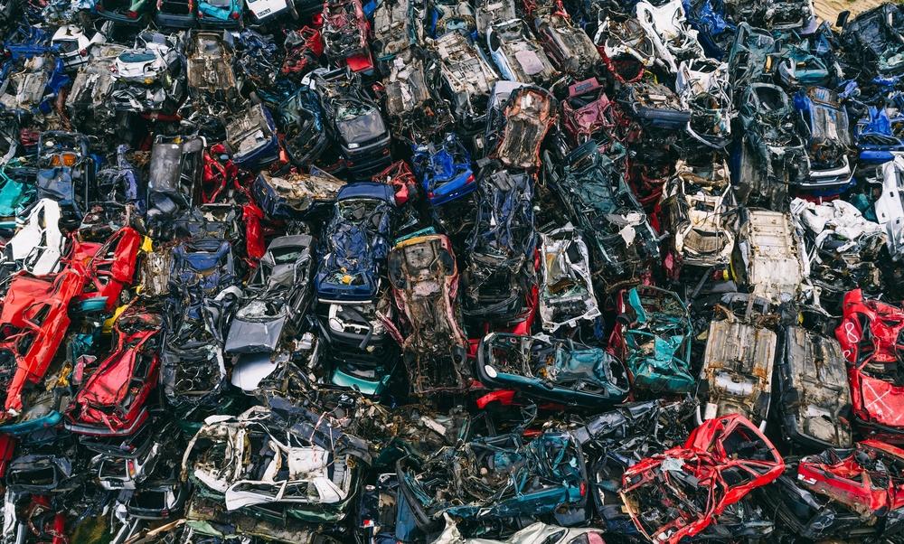 Demolire la macchina a Roma