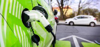 Elettrico o Ibrido ? Benvenuti nell'era della mobilità elettrica
